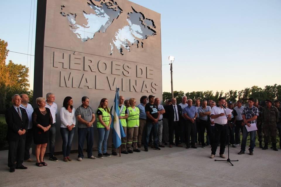 Homenaje del Municipio a los Héroes del Ara General Belgrano
