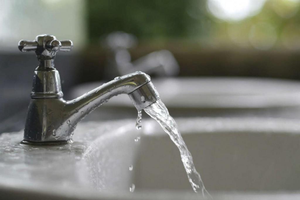 Lamberto pedirá la tarifa social para el servicio de aguas