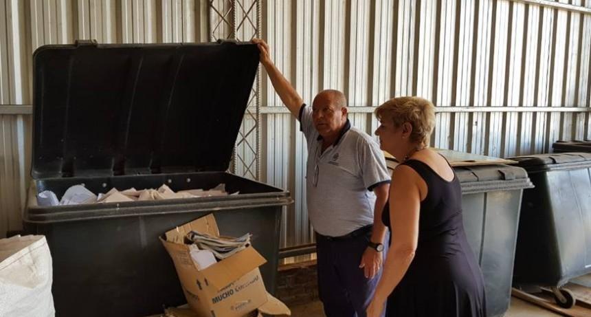 Clérici recorrió la planta de separación de residuos
