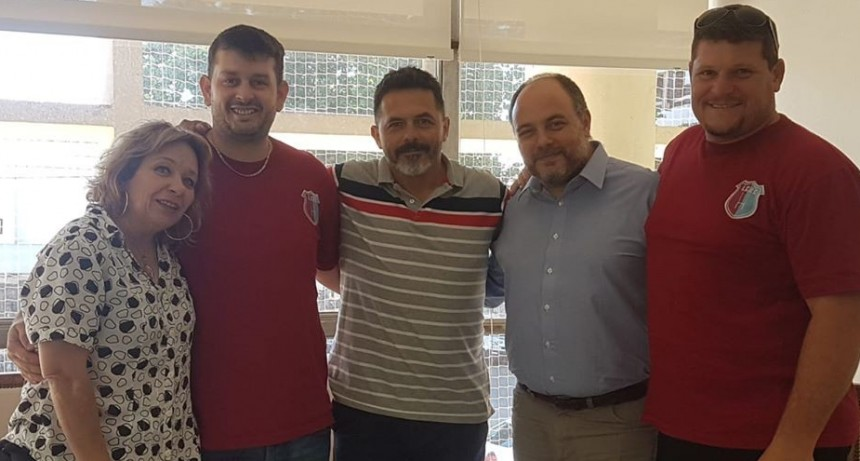 La Cañada Rugby recibió apoyo economico del Municipio