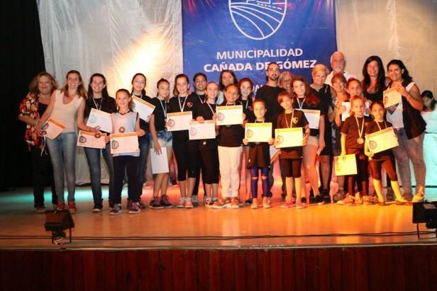 El Municipio reconoció a los deportistas cañadenses destacados en 2015