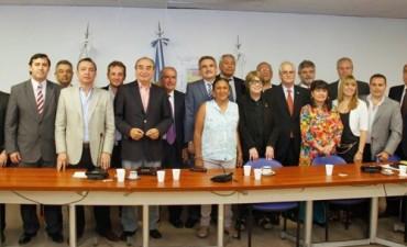 Parlamentarios del Mercosur del FPV junto a las provincias del Litoral afectadas por la histórica creciente de los ríos