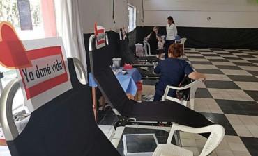 Exitosa campaña de donación de sangre y médula ósea en Oliveros