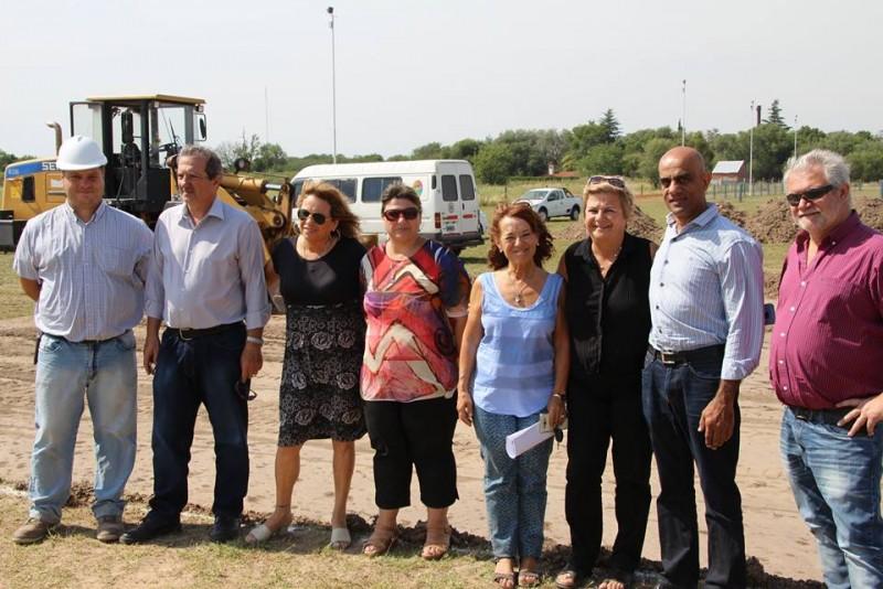 Clérici y autoridades provinciales destacaron trabajos de protección hídrica