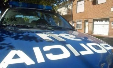 Un joven fue embestido por un motociclista en zona Sur